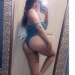 Thick babe in blue Lingerie