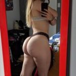 I would love to eat her phat ass