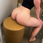 I always had the fantasy to fuck in a public dressing room. Want to sneak in and have fun?